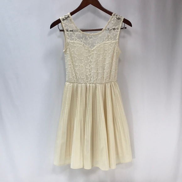 Monteau Dresses Cream Colored Lined Womens Dress Size S Poshmark